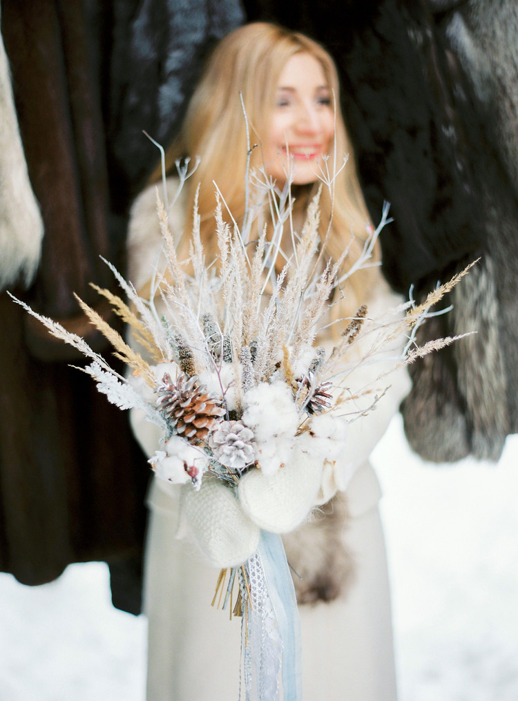 Narnia Inspired Winter Wedding Inspiration , winter wedding bouquet | Yaroslav and Jenny Photography | Read more on fabmood.com