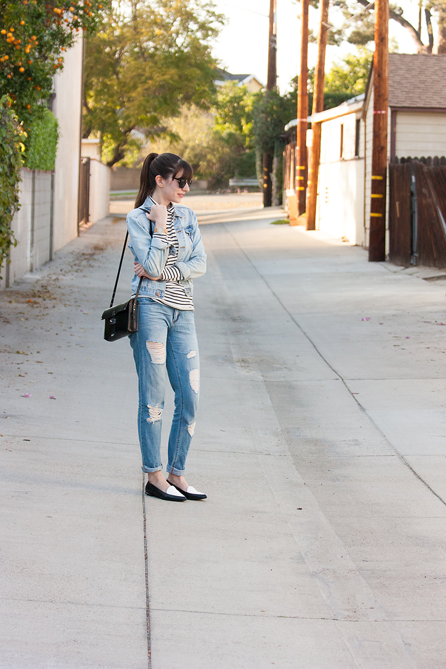 Distressed Boyfriend Jeans, Black and white loafers