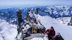 Na grani szczytowej Gran Paradiso 4061m.