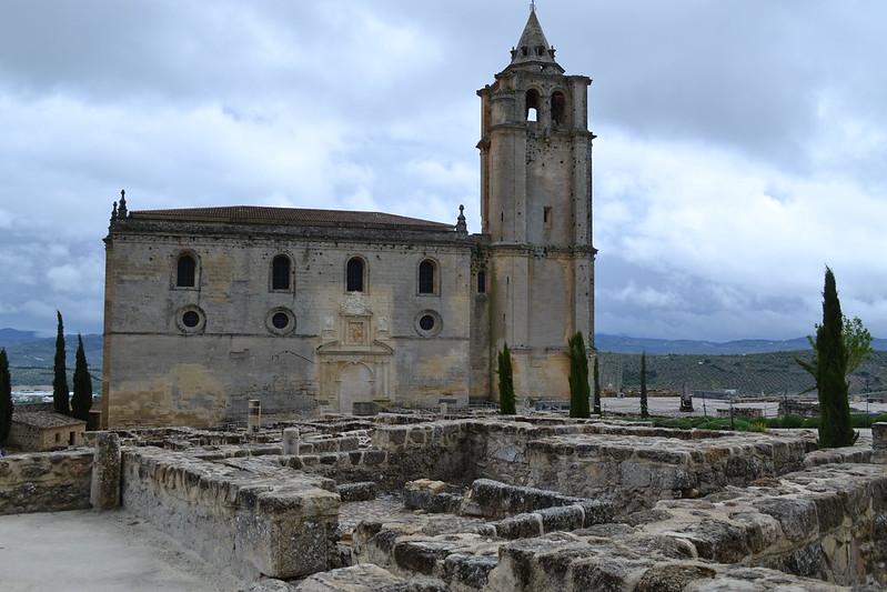 La iglesia del Siglo XVI es de un tamaño respetable.