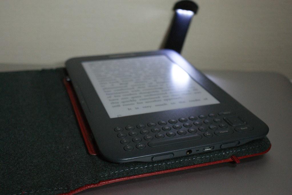 Kindle Keyboard (3rd Generation) - 2010