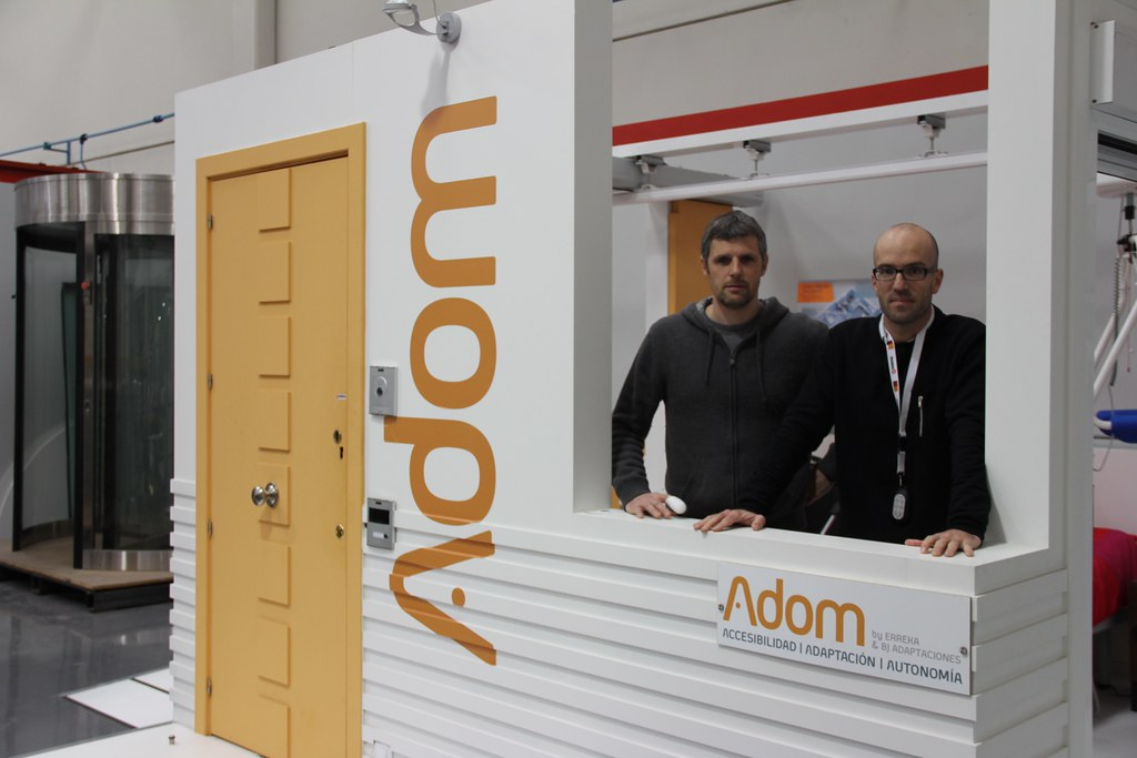 Adom-Autonomía