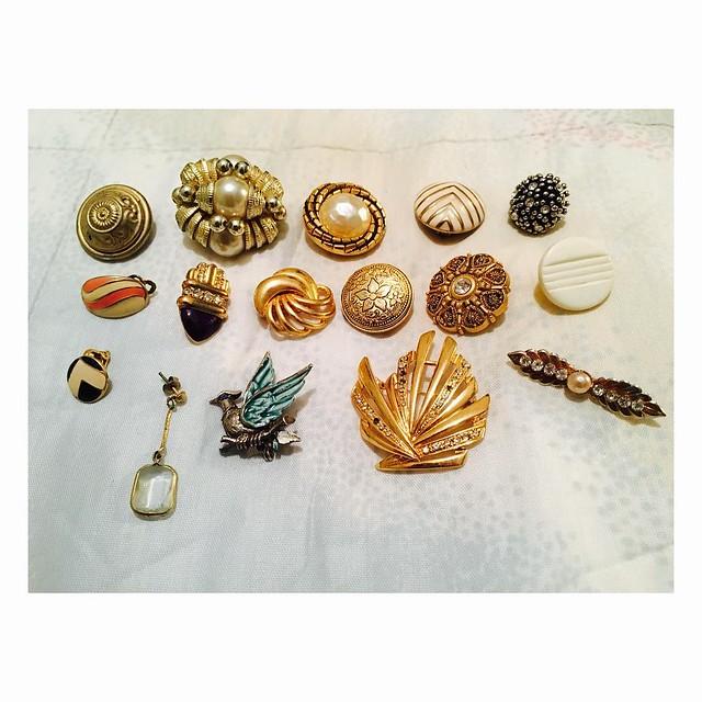 Vir a Silves é [também] andar a remexer nos brincos e pregadeiras da minha mãe #tudoactual #douradoétendência