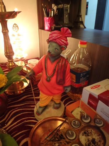 Ganapati's Best Bud- Undir Mamma