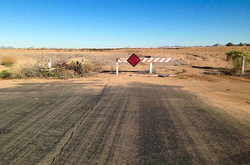 road arizona usa barrier ranchomirage triking maricopa