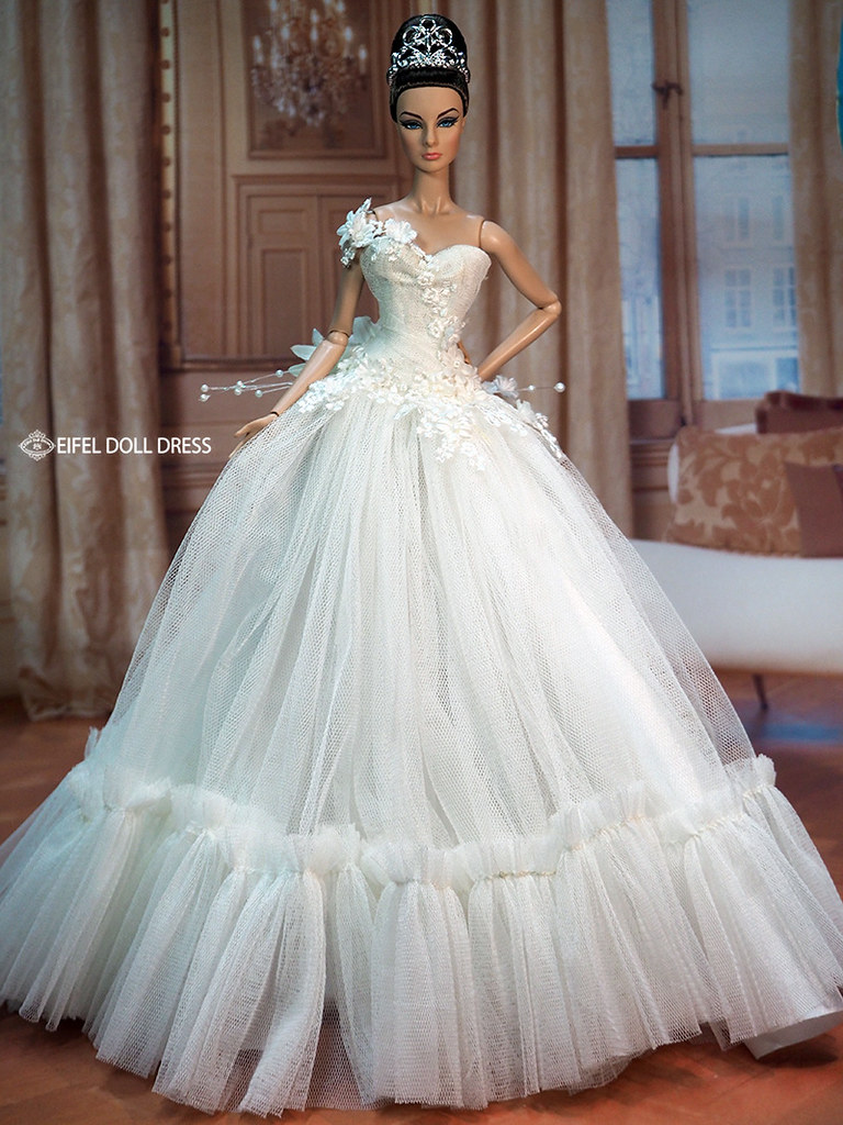 Eifel85 eifel doll dress 39 s most interesting flickr photos for Sell your wedding dress for free
