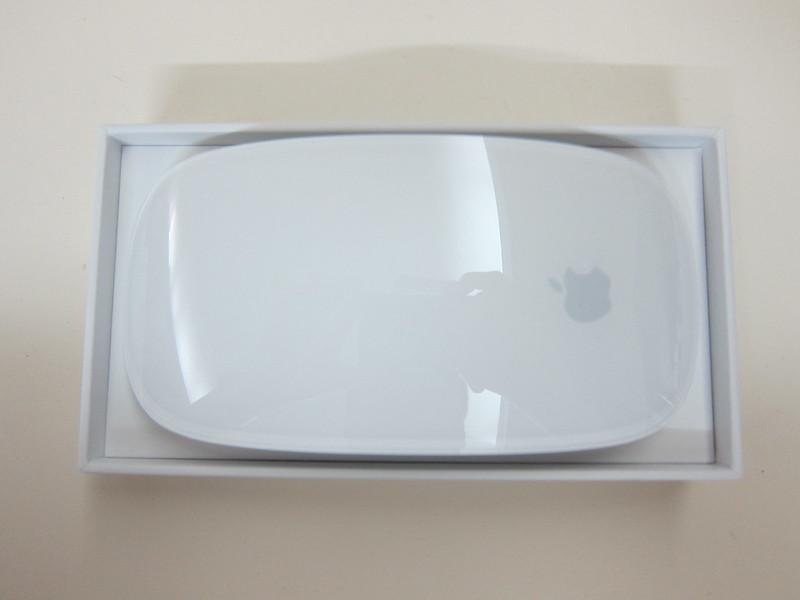 Apple Magic Mouse 2 - Box Open