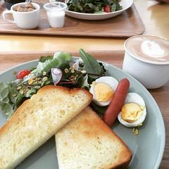 quiet sunday❤︎  #cafe #いい一日のカフェ #箕面 #大阪 #iiichinichinocafe #minoo #osaka