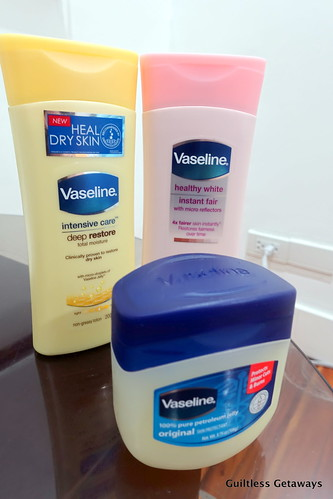 vaseline-lotion-jelly.jpg