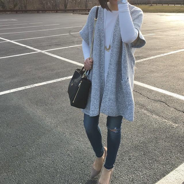 Lou & Grey Kimono Cardigan Outfit