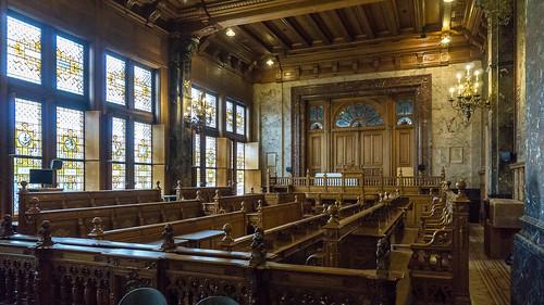 townhall-main-chamber