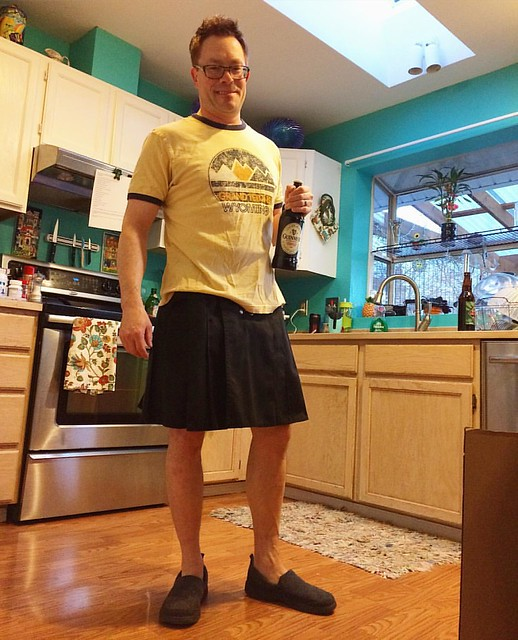 A man in a Utilikilt in my kitchen. 😍