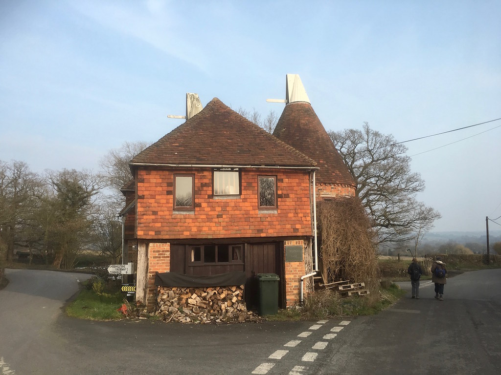 Oast House, Chiddingstone Tonbridge to Penshurst walk