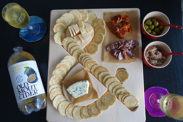 UncommonGoods - Cheese & Crackers Serving Board