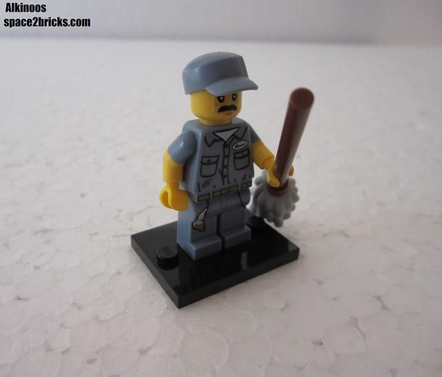 Lego Minifigures S15 le concierge p1