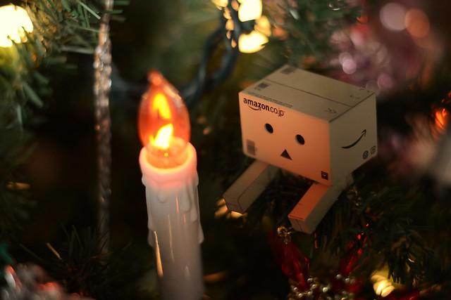 [Galerie commune] Danboard - Vos photos du petit robot en carton 23934884362_82e39593f4_z
