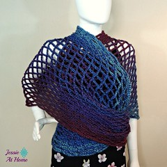 Netties-Super-Simple-Tube-Wrap-free-crochet-pattern-by-Jessie-At-Home