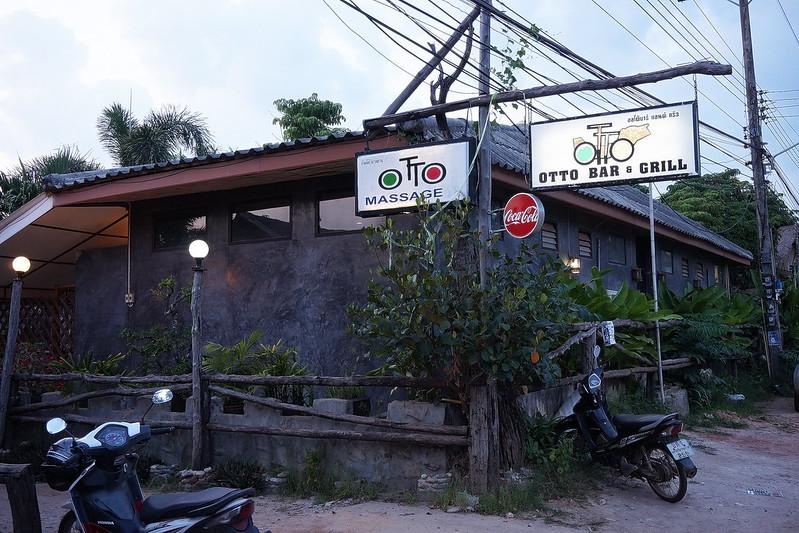 Otto Bar & Grill