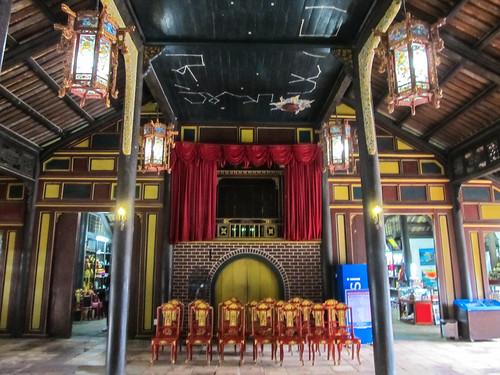 Le Tombeau de Tu Duc: Cour contenant le THéâtre Impérial