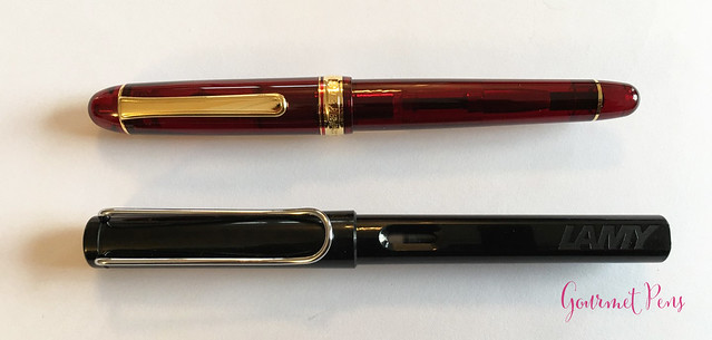 Review Platinum #3776 Century Bourgogne Fountain Pen - Soft-Fine @PenChalet @CarolLuxury (11)