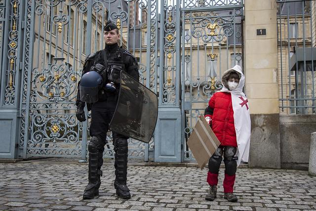Rennes : Manifestation contre l'état d'urgence.