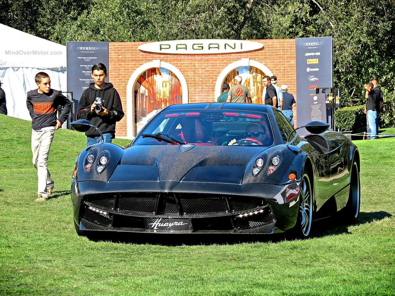 Pagani Huayra Carbon Edition The Quail 12
