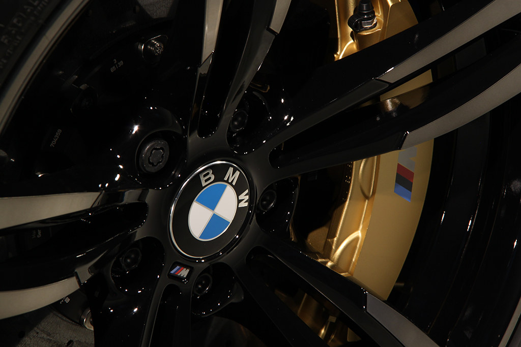 BigFoot Centre - BMW M4 Azuritschwarz, protezione totale 24739202934_829061d3d2_b