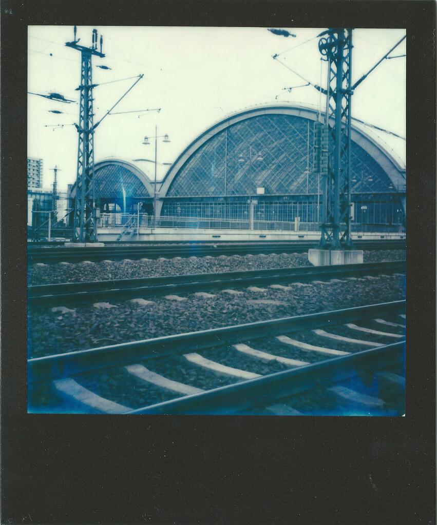No ties management models deimante guobyte - Dresden Hauptbahnhof