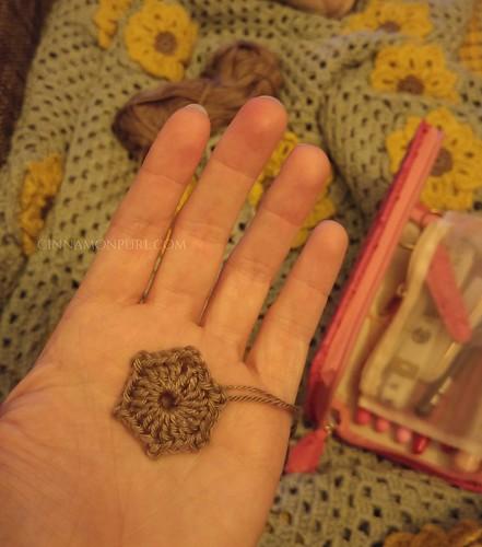 mini hexagon crochet
