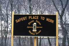 Chessie Narrows Safety Sign