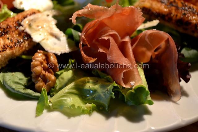 Salade au Crottin de Chavignol et au Serrano © Ana Luthi Tous droits réservés 07