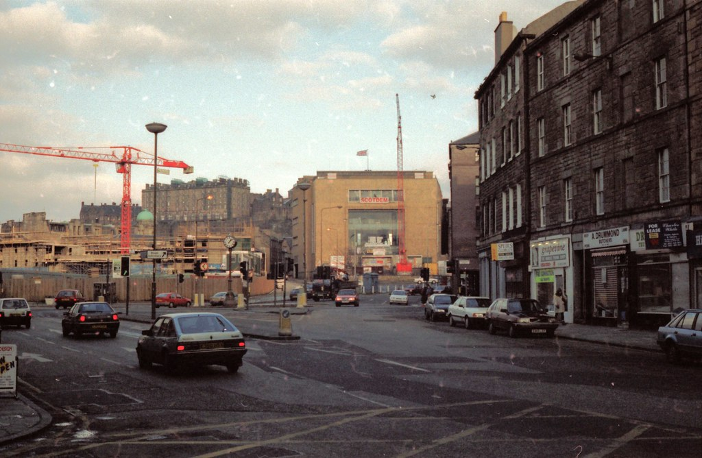 What Is A Side By Side >> GOLDBERG'S STORE, EDINBURGH MARCH 1996 [96/004] NG | Flickr