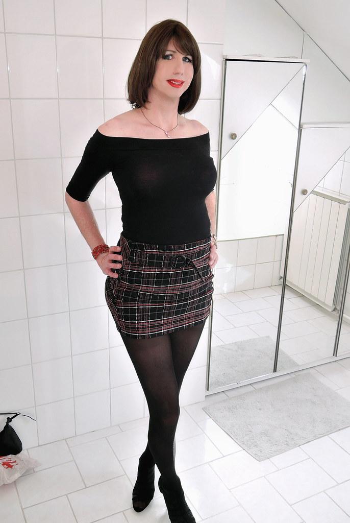 Black Off The Shoulder Top Plaid Mini Skirt Heels Flickr