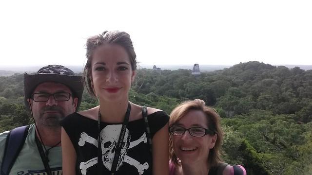 Vistes de Tikal des de dalt de tot de la piràmide.