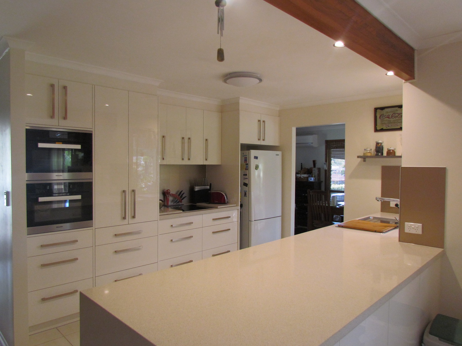 New Modern Kitchen for a Family in Alexandra Hills