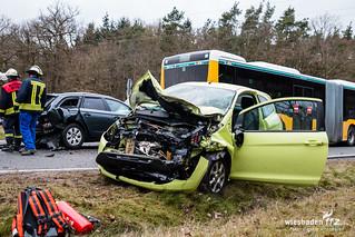 Schwerer Auffahrunfall B417 Ketternschwalbach 03.03.16