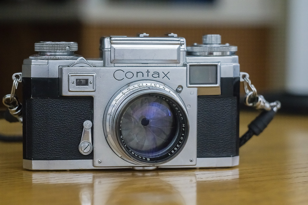 CCR - Review 35 - Zeiss Ikon Contax IIIa