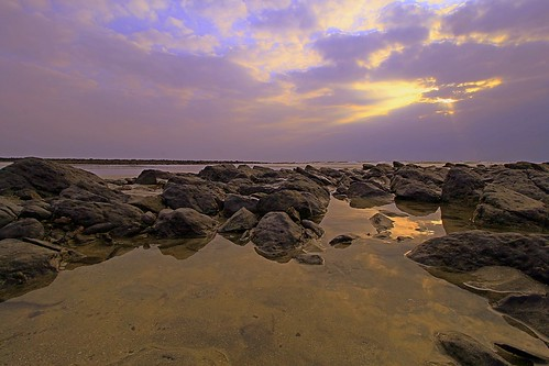 trip travel beach sunrise canon landscape eos coast wideangle places malaysia kuantan pahang canonlens beserah canoneos700d canonwideangle pantaibatuhitam eos700d canon10mm18mm 10mm18mm
