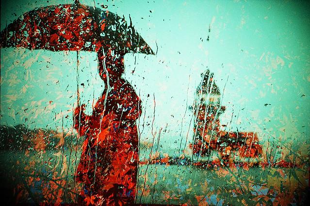雨の波止場 -autumn in the rain