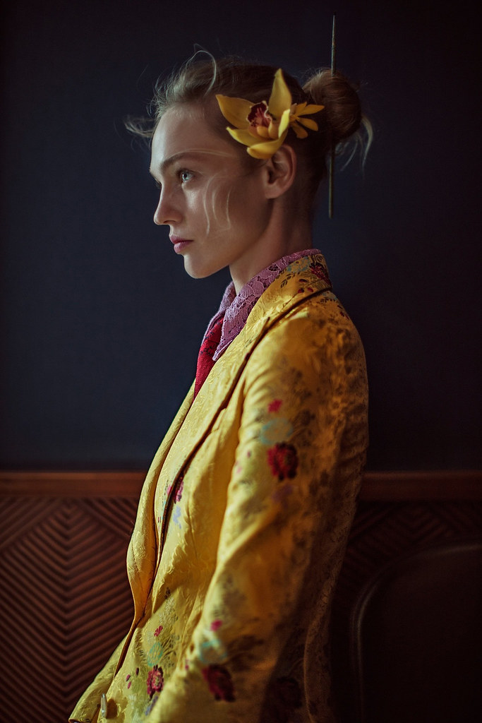 Саша Пивоварова — Фотосессия для «Vogue» CH 2016 – 7