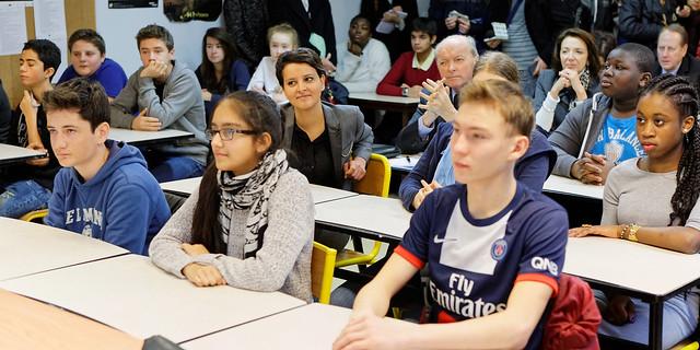 Déplacement dans un collège dans le cadre de l'enseignement moral et civique
