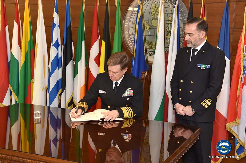Adm. FERGUSON, JFC Naples Commander, visits Op Sophia HQ – EUNAVFOR MED