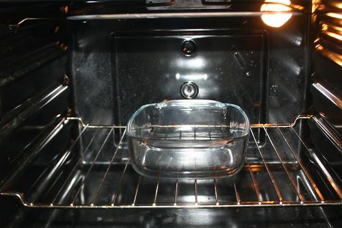21 - Ofen samt Auflaufform vorheizen / Preheat oven with casserole