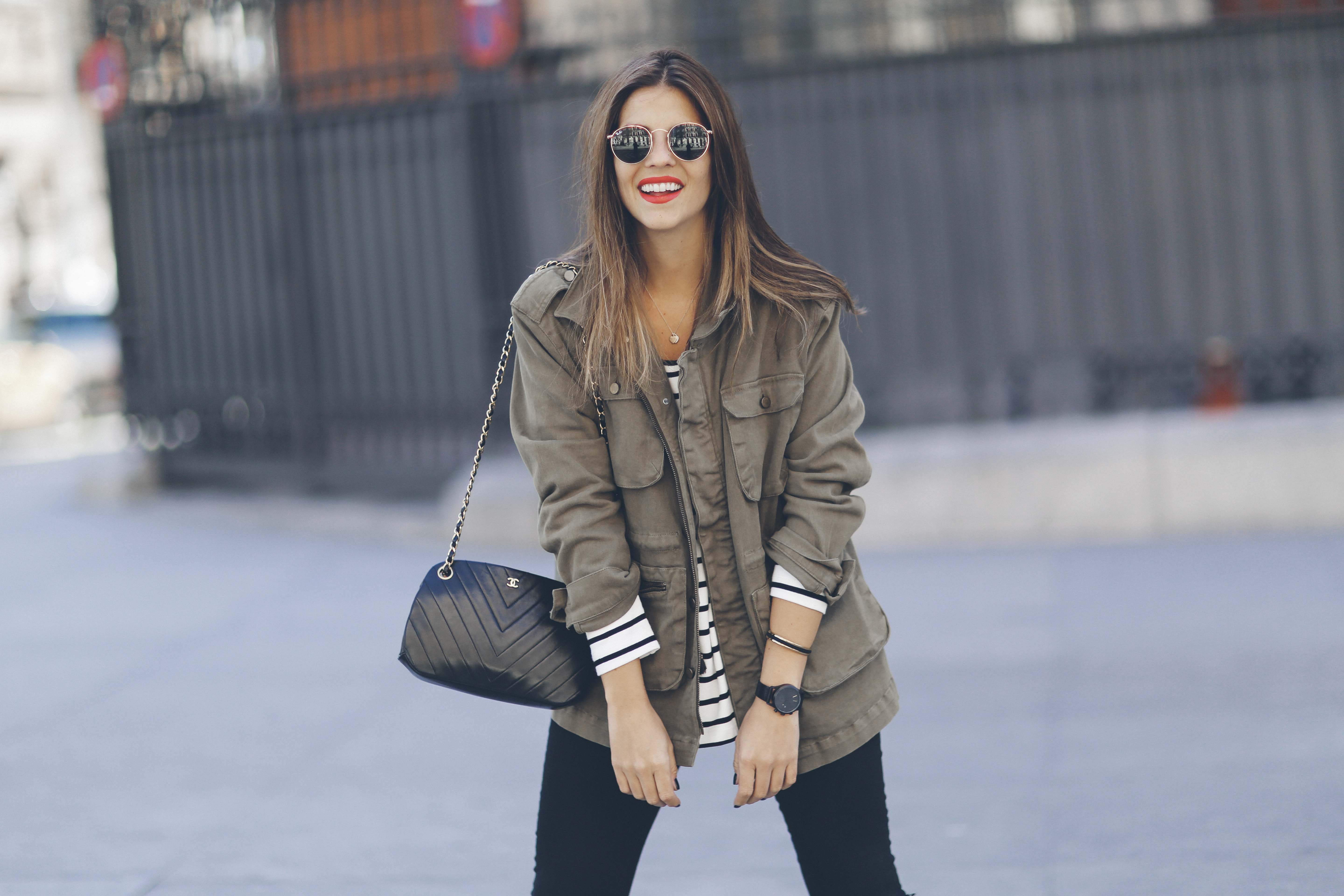 look-outfit-parka-jeans-rayas-zara-chanel-botas-anine_bing-spring-primavera_4