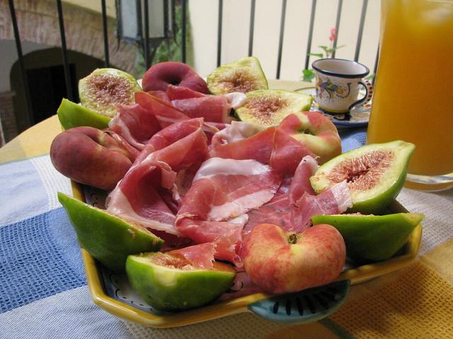 breakfast-figs-prosciutto-cr-brian-dore