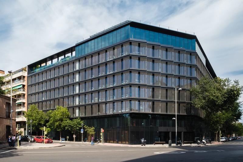 Ruiz Barbarín + GCA Arquitectos. Cuatrecasas office #1