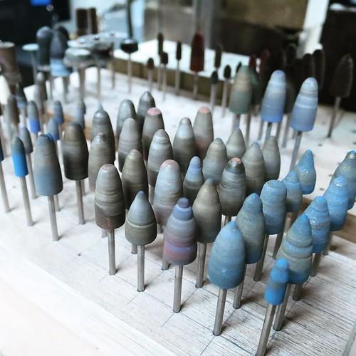 ルーターで表面を研磨する時に使うやつ。 #makersbase