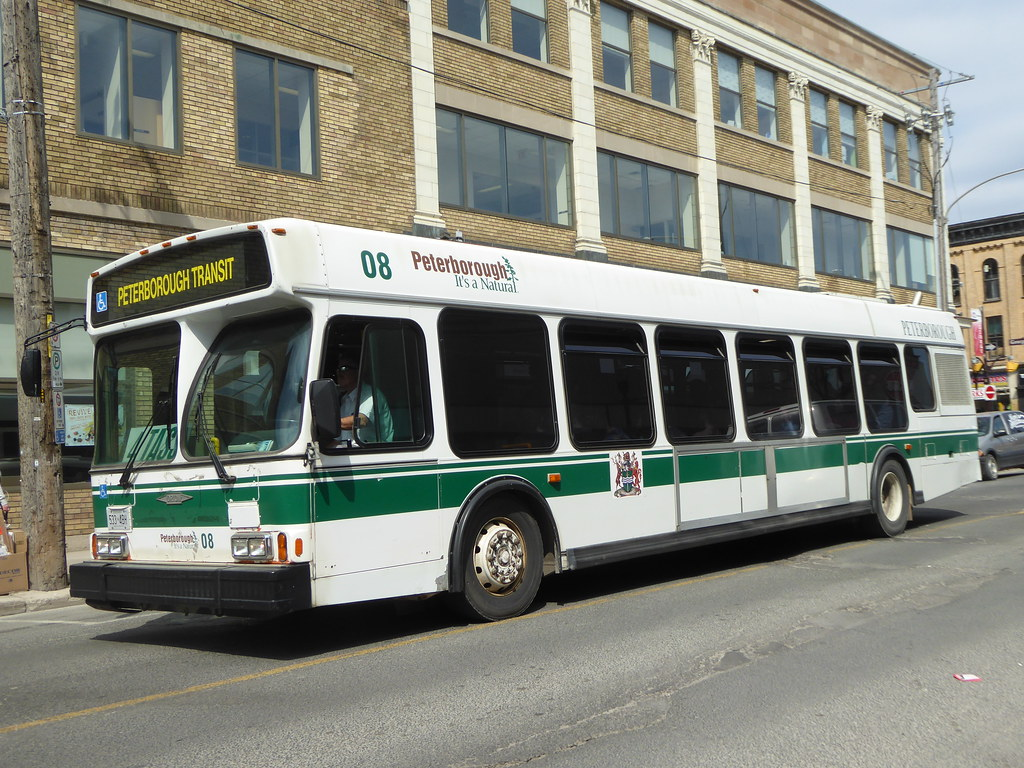 DF015 - Peterborough 08 - Simcoe Street - 18 Apr 2016