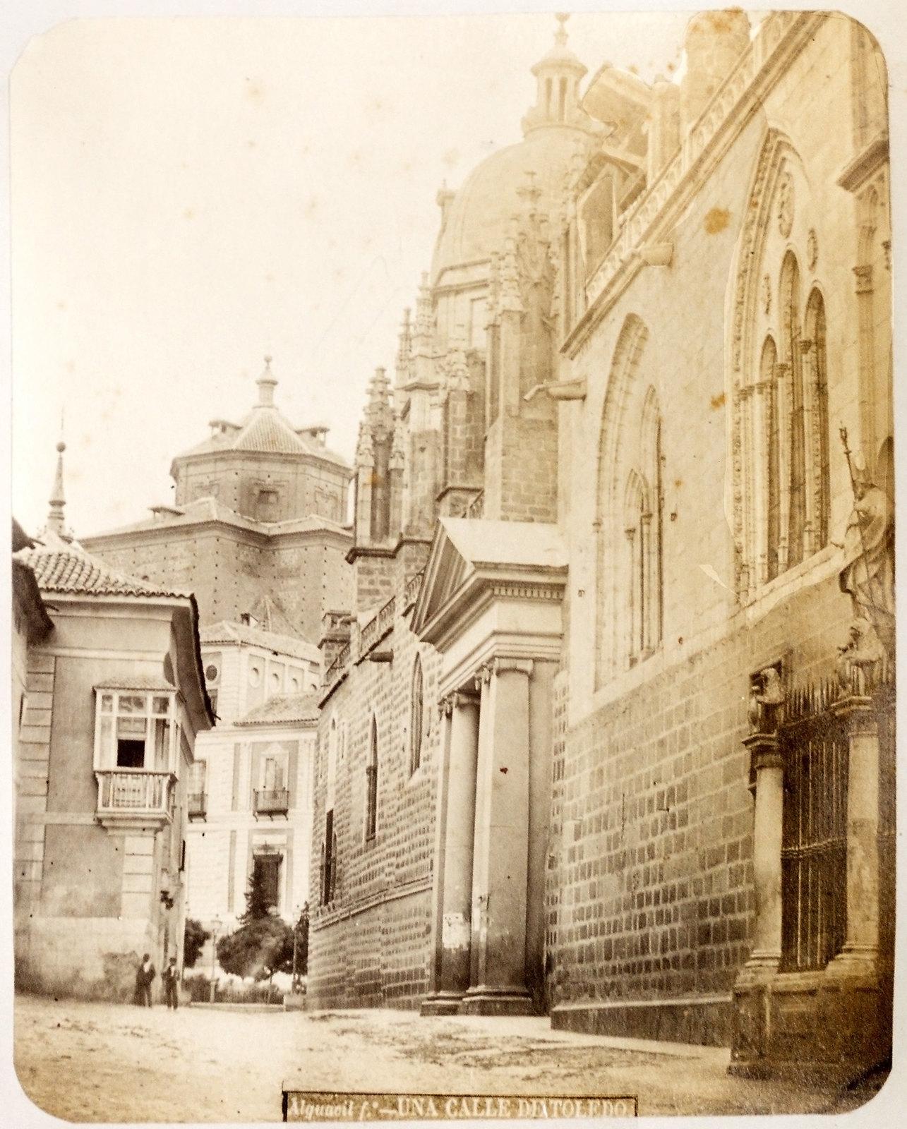 Puerta Llana de la Catedral de Toledo hacia 1879. Álbum de la National Gallery con fotos de Casiano Alguacil.