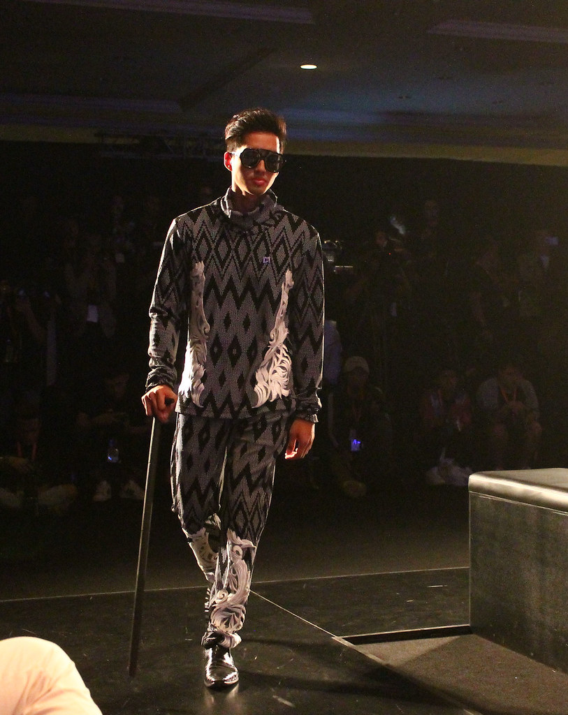 Menswear Fashion Sow - Indonesia Fashion Week 2016 (3)